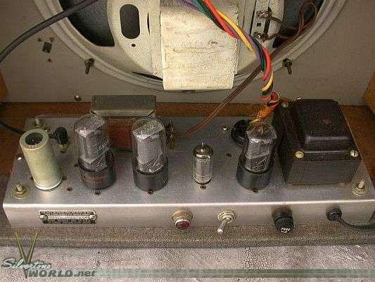 Silvertone World - Amplifiers - 1950s
